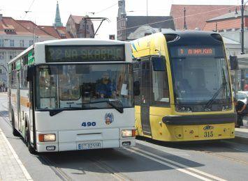 Od dziś większe limity pasażerów w komunikacji miejskiej