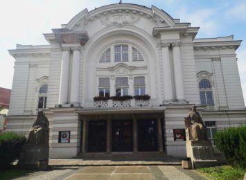 To Sezon Stulecia Teatru Polskiego w Toruniu