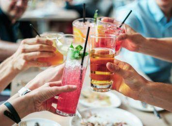 Toruńskie lokale gastronomiczne zwolnione z opłat za sprzedaż alkoholu
