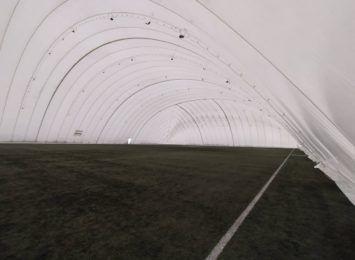 W Toruniu powstało zadaszone boisko za 2 miliony złotych