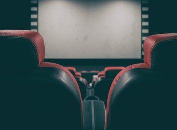 Od piątku kolejne łagodzenie obostrzeń. Które toruńskie kina będą otwarte?