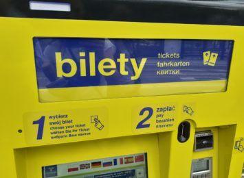 W Toruniu pojawiły się pierwsze stacjonarne biletomaty