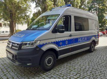 Specjalistyczny radiowóz trafił do toruńskiej drogówki